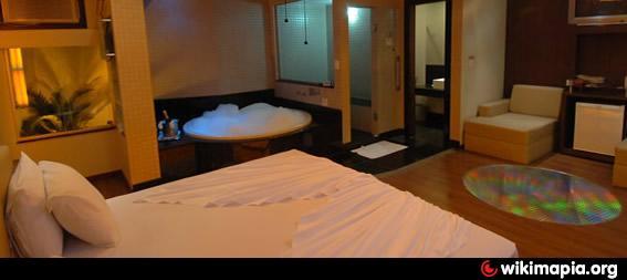 Agatha motel suites historia 30736